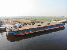 100m Barge