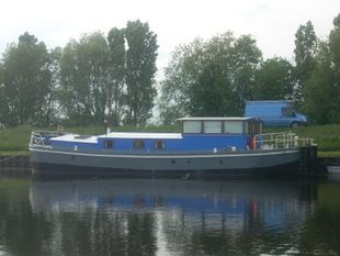 63ft Extremely well converted barge