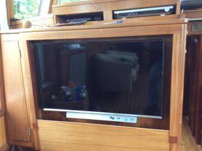 TV in wheelhouse
