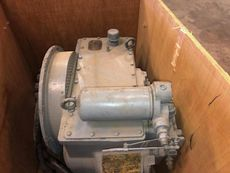 TWIN DISC MARINE GEARBOX MG 516 RATIO 6:1  RUNNING TAKEN OUT