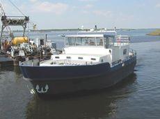 Cruising House Barge