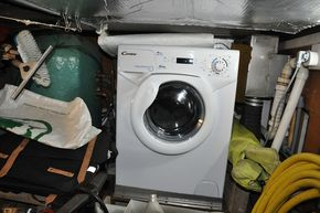 Washing machine in E.R.
