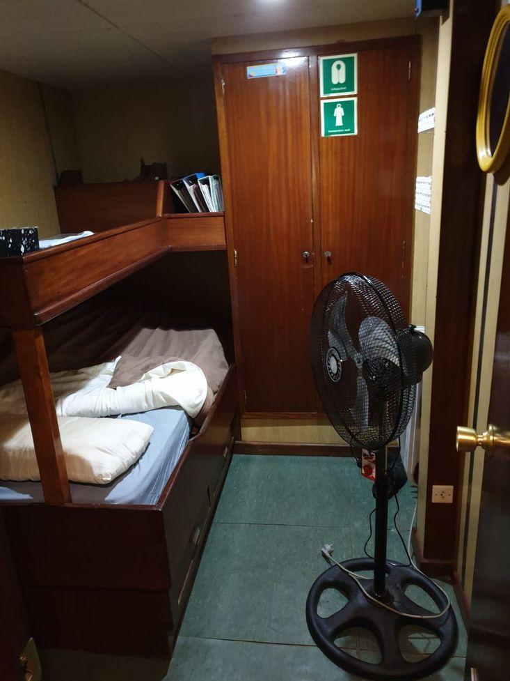 32tbp Spanish Tugboat