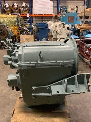 TWIN DISC MG 527 5.17:1 800 HP/ 596 kW 1800 rpm