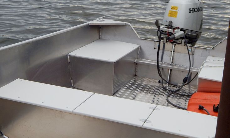 New 15′ x 68″ Aluminum Work/Fishing Tiller Boat