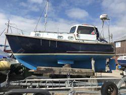 Island Plastics P23 Motor sailor