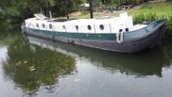 70 x 12 Dutch Barge renovated to extremely high standard