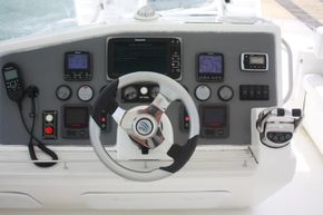 Helm View (3)