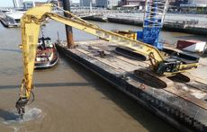 60m Flattop Barge For Charter