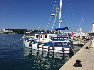 Cygnus GM32 Trawler Yacht