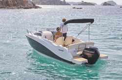 Quicksilver 555 Cabin - Mercury F100ELPT CT