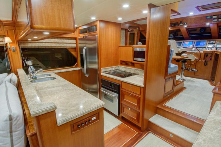 2020 Offshore Yachts 66/72 Pilothouse