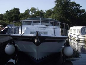 Aquafibre 38 Centre Cockpit - Bow