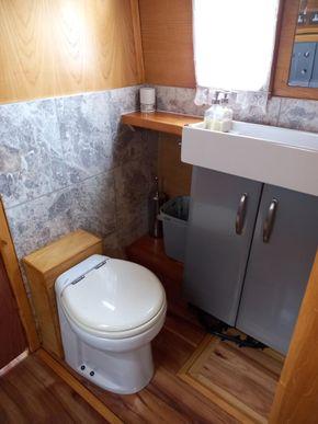 Walk through Bathroom
