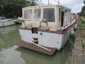 Princess 37 motor cruiser - Exterior