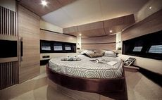 Azimut 47 Cabin