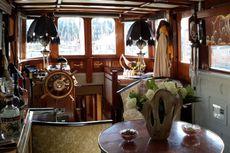 Classic Robertson & Sons 57' Motor Cruiser