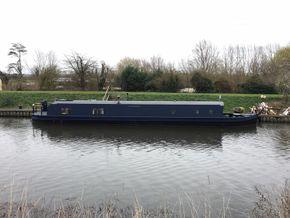Side boat