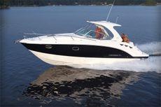 Chaparral 330 Signature Cruiser
