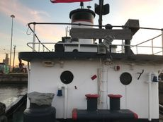 1956/1975 110′ x 30.2′ 3300 hp Twin Screw Tug