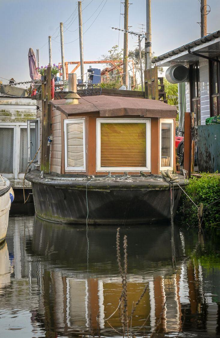 Beautiful Houseboat.