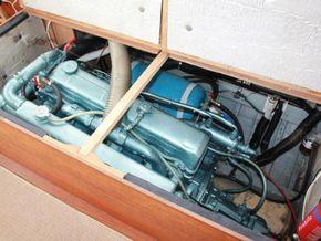 Wallace Clark Gentlemans Motor Yacht  - Engine