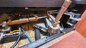Steering mechanisms