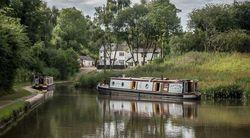 Prestigious luxury Narrowboat (Tug Style) - immaculate. 8% Share.