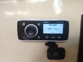 Fusion radio with fm