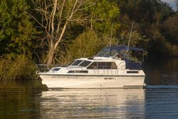 1998 Haines 335 Offshore
