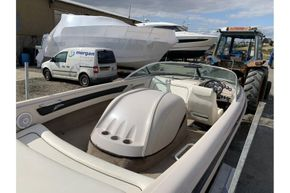 MasterCraft ProStar 190 - overhead view from stern
