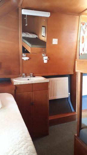Front Cabin Washbasin