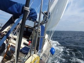 sailing with reefed main