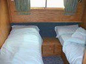 Middle Cabin