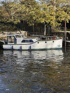 1951 Classic 30ft  Gentleman's Motor Yacht