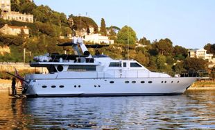 75ft. LUXURY BORETTI MOTOR-YACHT