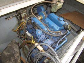Princess 30DS   - Engine