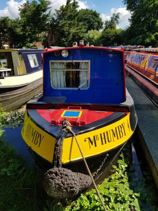60' Narrow Boat 2 owners since new. Needs some tlc