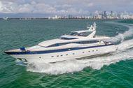 2002 Viking Sport Cruisers 108 Motor Yacht
