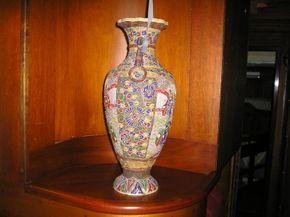 Corner Shelf with Oriental Vase