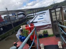 Houseboat with Garden Mooring