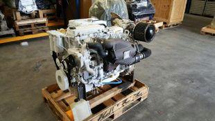 300 HP CUMMINS QSB6.7  MARINE ENGINE
