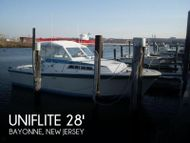 1977 Uniflite 28 Salty Dog