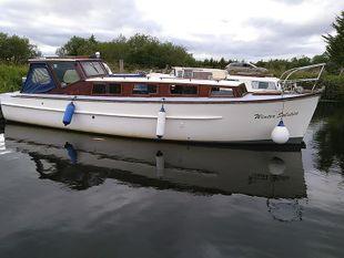 Rampart 32 TSDY classic cruiser