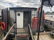 Static Houseboat with Potential