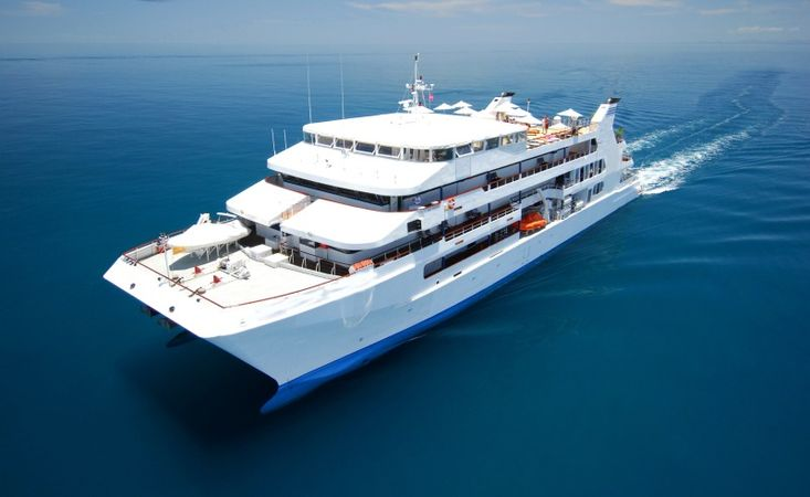 Boutique 60mtr Cruise Ship