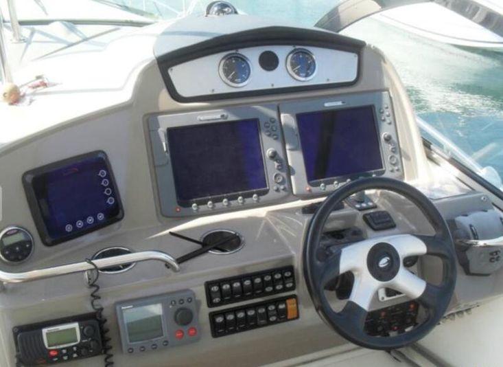 Cruisers 460 Express