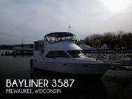 1998 Bayliner 3587 Aft Cabin