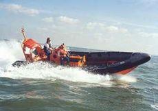 Avon SR8.4M Inboard Searider