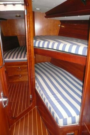 Forward Bunk Cabin